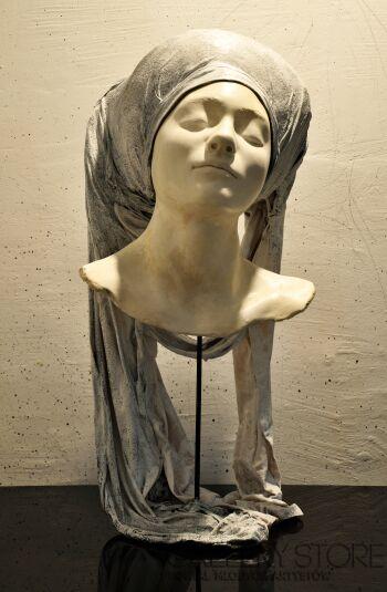 Aleksandra Koper-Średniowieczny Portret Współczesny-Rzeźby