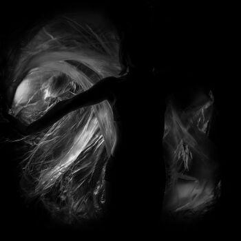Dorota Zbroszko-Portret w czerni 3-Fotografia